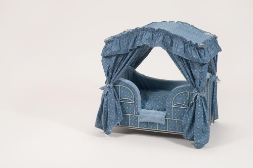 Blue Diamonds Dog Canopy Bed