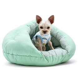 Solid Green Burger Bed   dog bowls,susan lanci, puppia,wooflink, luxury dog boutique,tonimari,pet clothes, dog clothes, puppy clothes, pet store, dog store, puppy boutique store, dog boutique, pet boutique, puppy boutique, Bloomingtails, dog, small dog clothes, large dog clothes, large dog costumes, small dog costumes, pet stuff, Halloween dog, puppy Halloween, pet Halloween, clothes, dog puppy Halloween, dog sale, pet sale, puppy sale, pet dog tank, pet tank, pet shirt, dog shirt, puppy shirt,puppy tank, I see spot, dog collars, dog leads, pet collar, pet lead,puppy collar, puppy lead, dog toys, pet toys, puppy toy, dog beds, pet beds, puppy bed,  beds,dog mat, pet mat, puppy mat, fab dog pet sweater, dog sweater, dog winter, pet winter,dog raincoat, pet raincoat